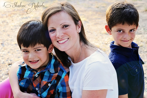 A Photo Shoot with the S Family | Faith and Composition